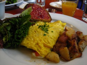 Goat Cheese, Spinach, & Tomato Omelette